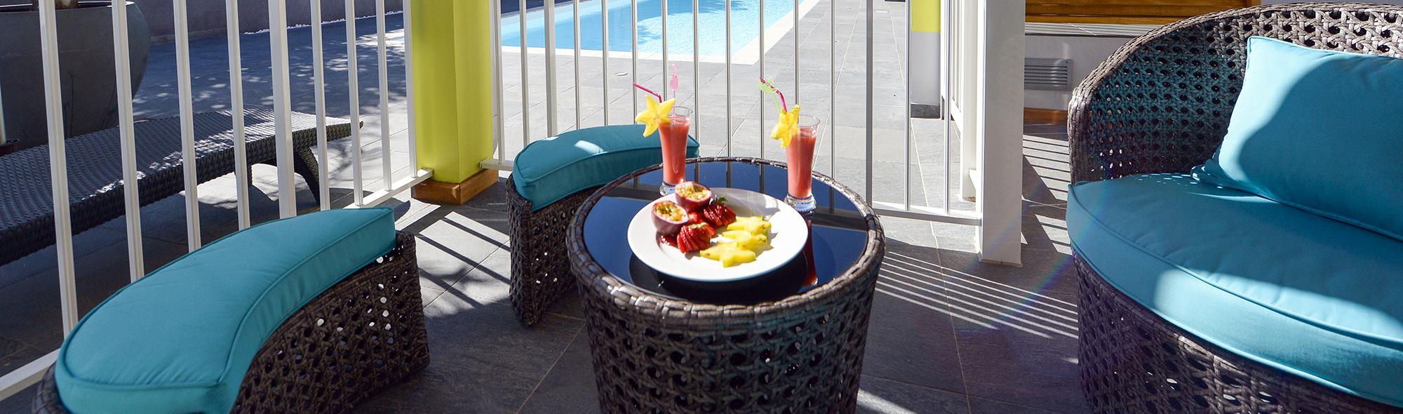 table-cocktail-lemalaya